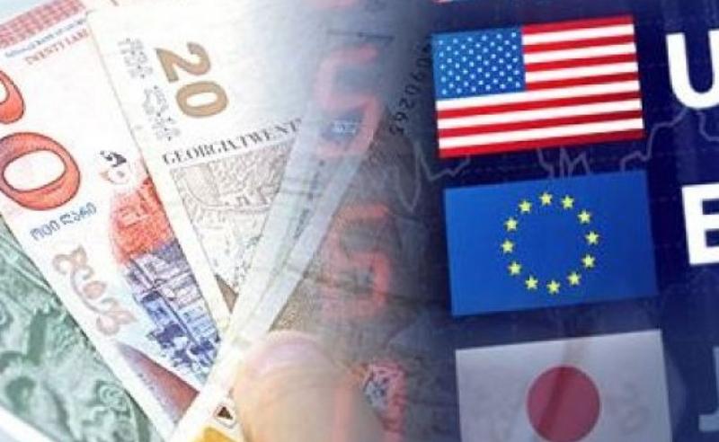 ლარი გაუფასურებას განაგრძობს - ქვეყანა ფასების ზრდის მოლოდინშია
