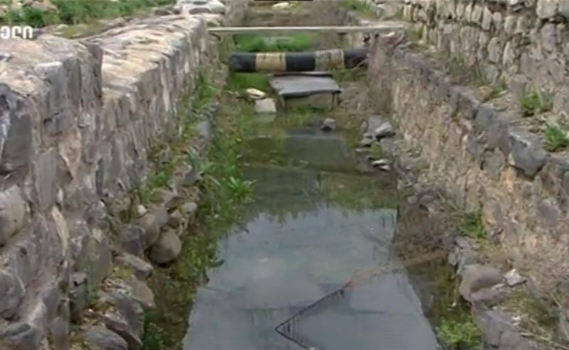 დოლოჭოპის ბაზილიკა ნადგურდება, წყალში იყრება,  ტაძრის გამაგრებაზეც რა თანხებიც დაიხარჯა  - არქეოლოგი