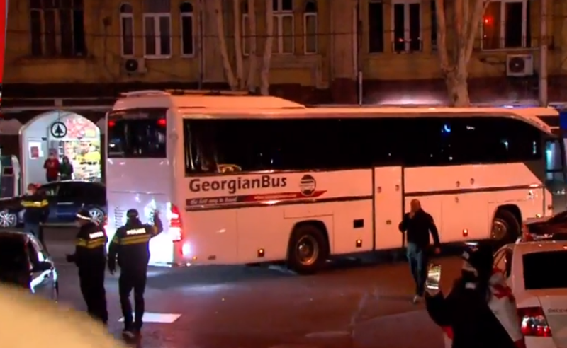 """ჩვენთვის მიუღებელია რუსული პოლიტიკის პროპაგანდისტის მომსახურება - """"Georgian bus"""" -ის გენ-დირექტორი"""