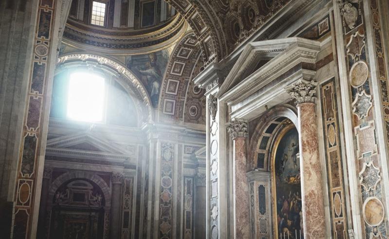 შეცვლილი ლიტურღია - გორის კათოლიკური ეკლესია აღდგომას მრევლის გარეშე ხვდება