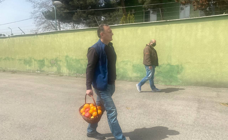 ხილი ნიკა მელიას - ნათელაშვილი გლდანის ციხესთან (ფოტოები)