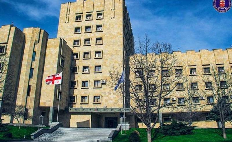 მუქარა და  ძალადობა ადვოკატის მიმართ - თბილისში უფლებადამცველი სცემეს