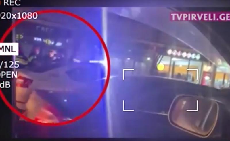 სისხლიანი დაპირისპირება პოლიციელებსა და მოქალაქეებს შორის - რა მოხდა ქუთაისში (ვიდეო)