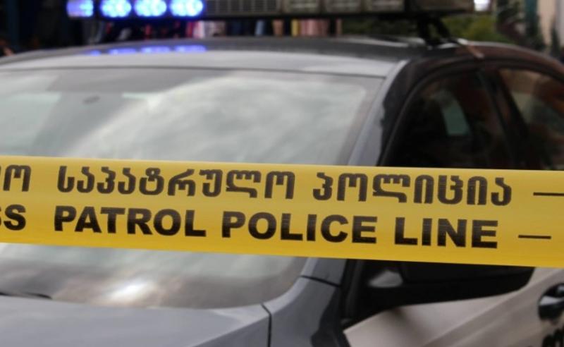 """პოლიციამ მაღაზია """"აიპლუსის"""" გაქურდვის ბრალდებით ერთი პირი დააკავა"""