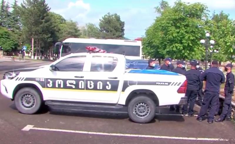 რა ხდება  დმანისში - ადგილზე  საპოლიციო ძალების მობილიზებაა