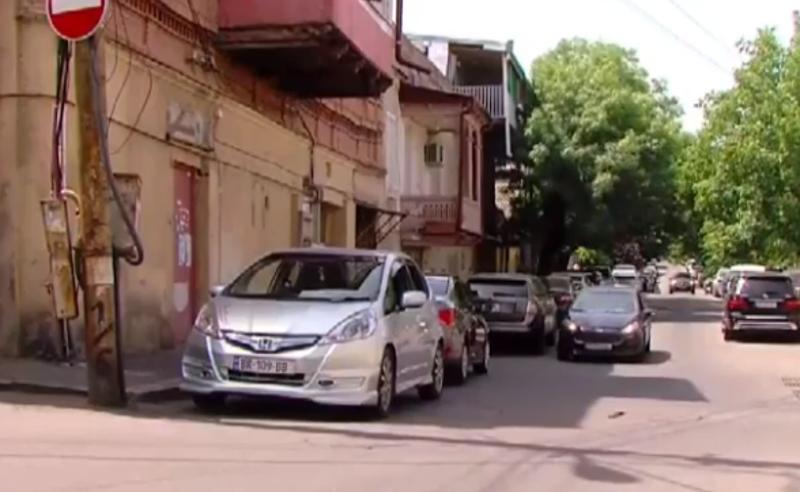 სისხლიანი გარჩევა თბილისში - ახალი დეტალები შემთხვევის ადგილიდან