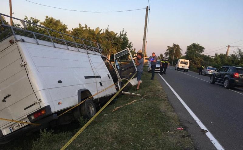 ავარია ხობში - მიკროავტობუსის ბორდიურთან შეჯახების შედეგად ერთი პირი გარდაიცვალა