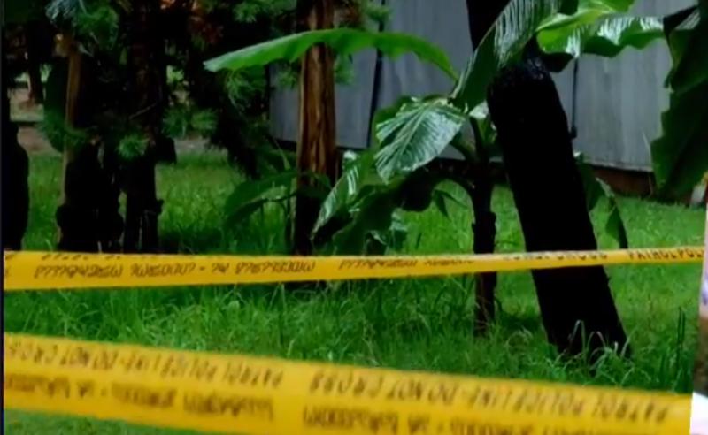 55 წლის კაცის მკვლელი ამ დრომდე თავისუფალია - ახალი დეტალები ბათუმის ბულვარში მომხდარი მკვლელობის შესახებ