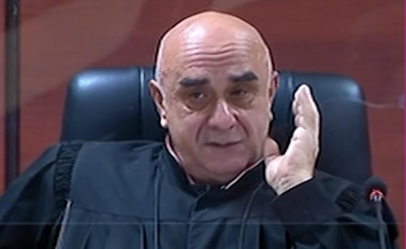 """ძალადობა მიუღებელია, """"მაგრამ"""" არ უნდა ამას - მოსამართლე რომან ტურავა"""