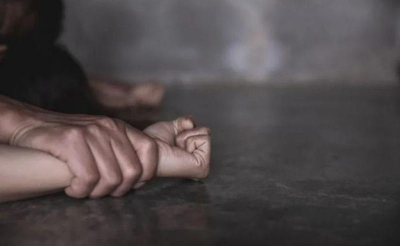 სამეგრელოში 60 წლის კაცი 19 წლის შშმ ქალის გაუპატიურების ბრალდებით დააკავეს