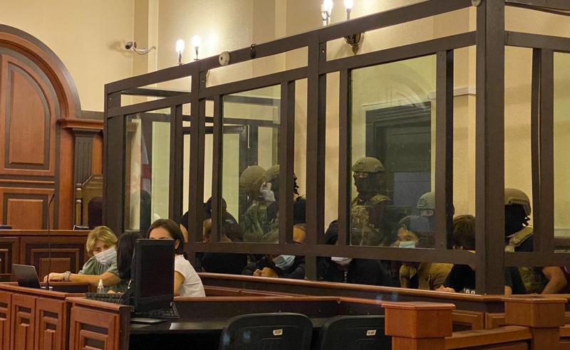 ტერორიზმის საქმე - დაკავებულების სასამართლო სხდომა დახურულ კარს მიღმა მიმდინარეობს