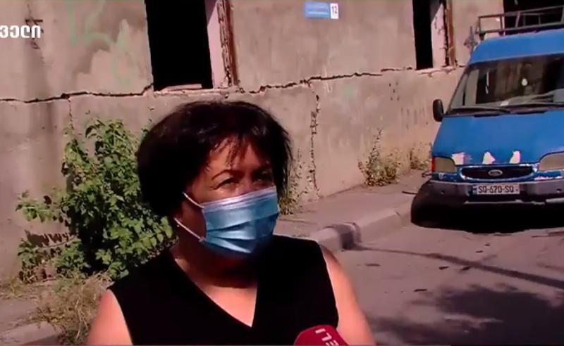 მერია ავარიული კორპუსის ადგილზე ახალი საცხოვრებლის აშენების საშუალებას ინვესტორს არ აძლევს - აქცია ვარკეთილში