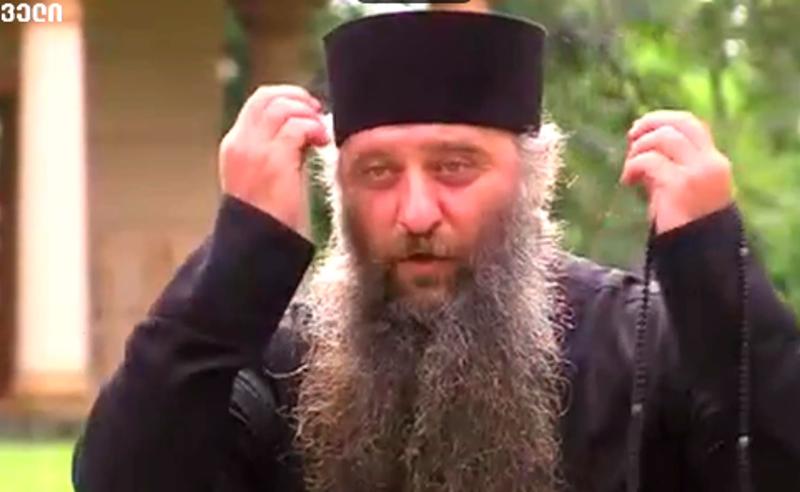 ვის დავუტოვო მონასტერი, არაკაცებს? - განკვეთილი მღვდლები ეპარქიის დატოვებას არ აპირებენ